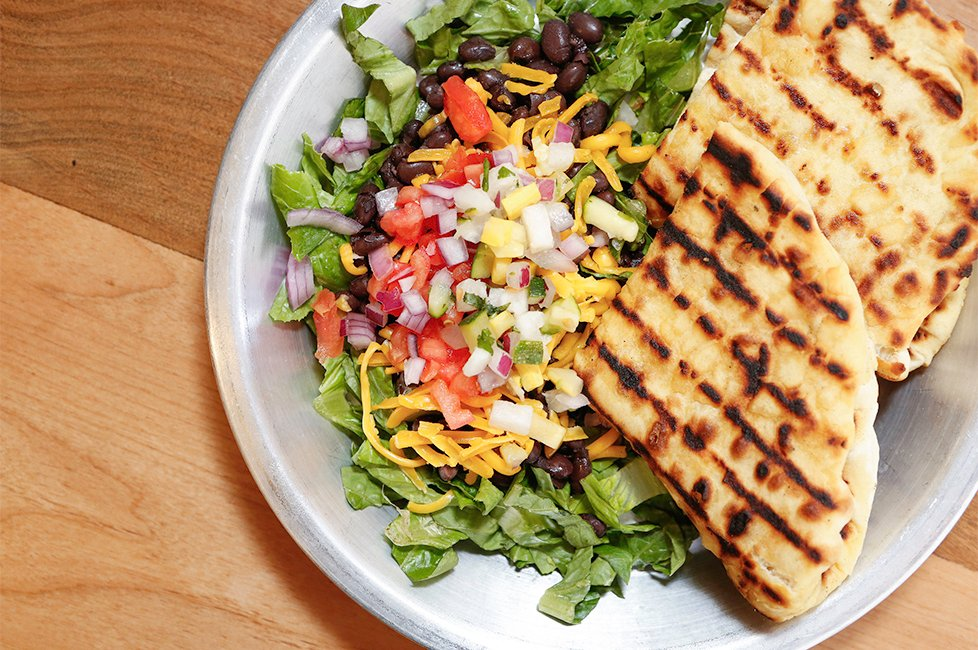 Tocabe bowl with flatbread